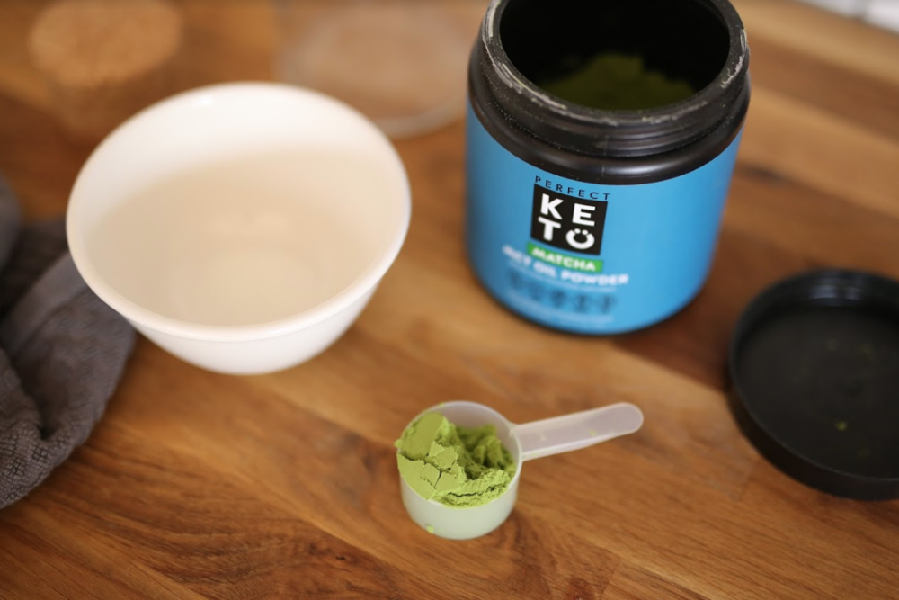 Best MCT Oil and MCT Oil Powder for Keto - Which One Should You Buy