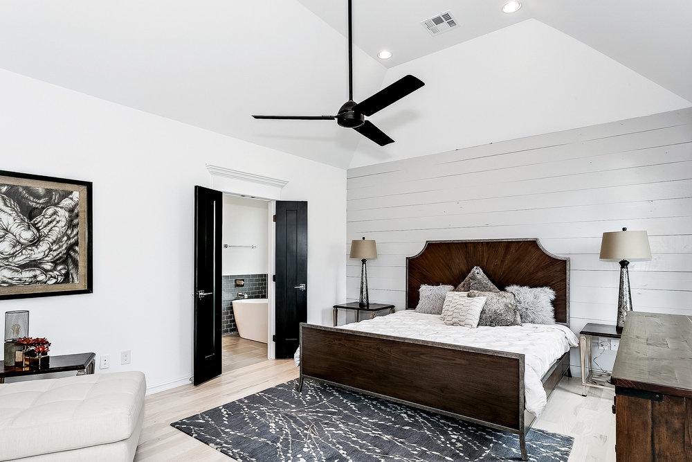 10749 S 96th E Pl Tulsa OK-print-014-8-Master Bedroom-3000x2000-300dpi.jpg