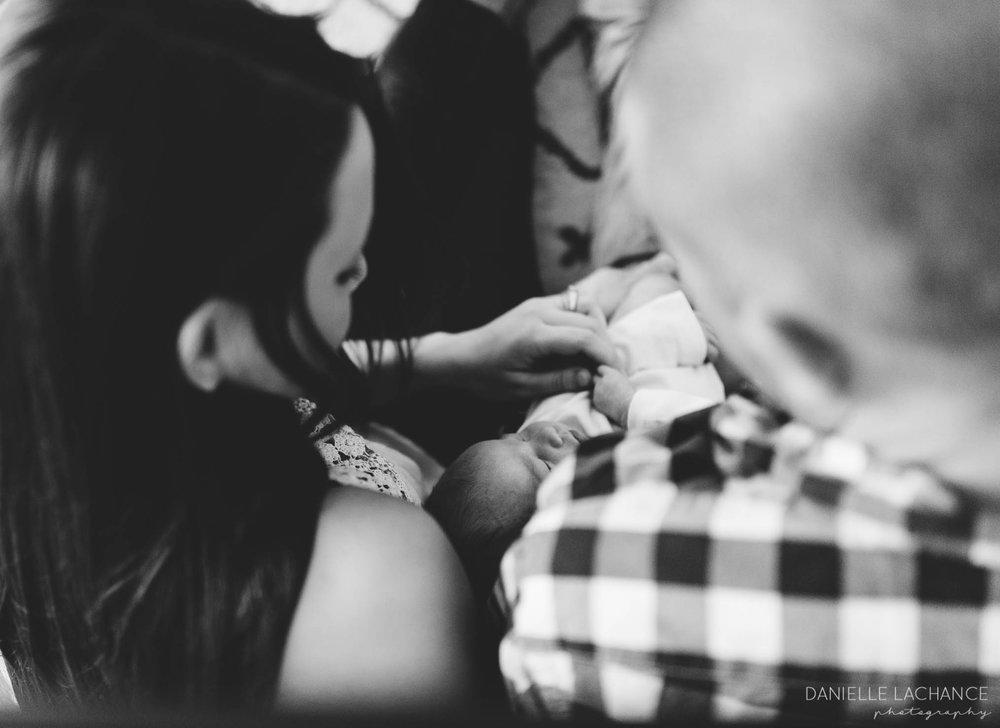 southern-maine-newborn-lifestyle-photographer-16.jpg