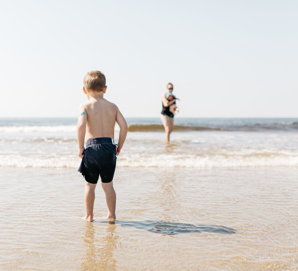 maine-photographer-family-children-lifestyle-documentary-beach-photography-3.jpg