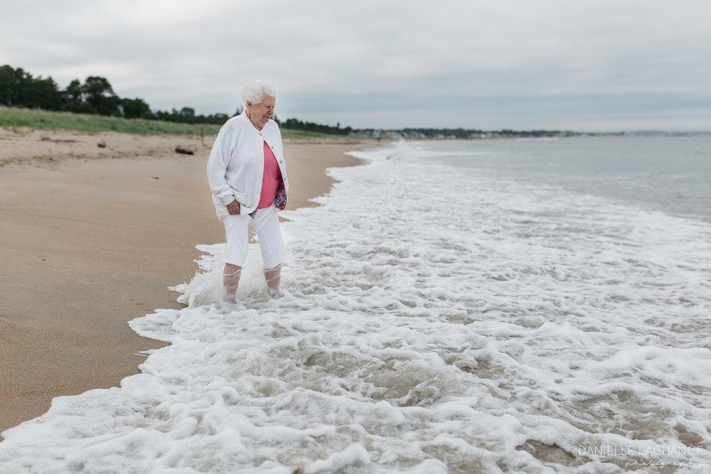 maine-family-lifestyle-photographer-southern-maine-biddeford-saco-beach-photography-7.jpg