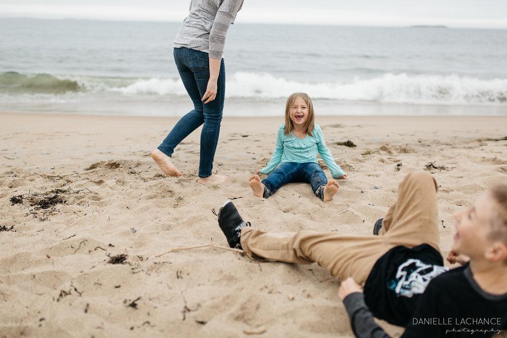 maine-family-lifestyle-photographer-southern-maine-biddeford-saco-beach-photography-12.jpg