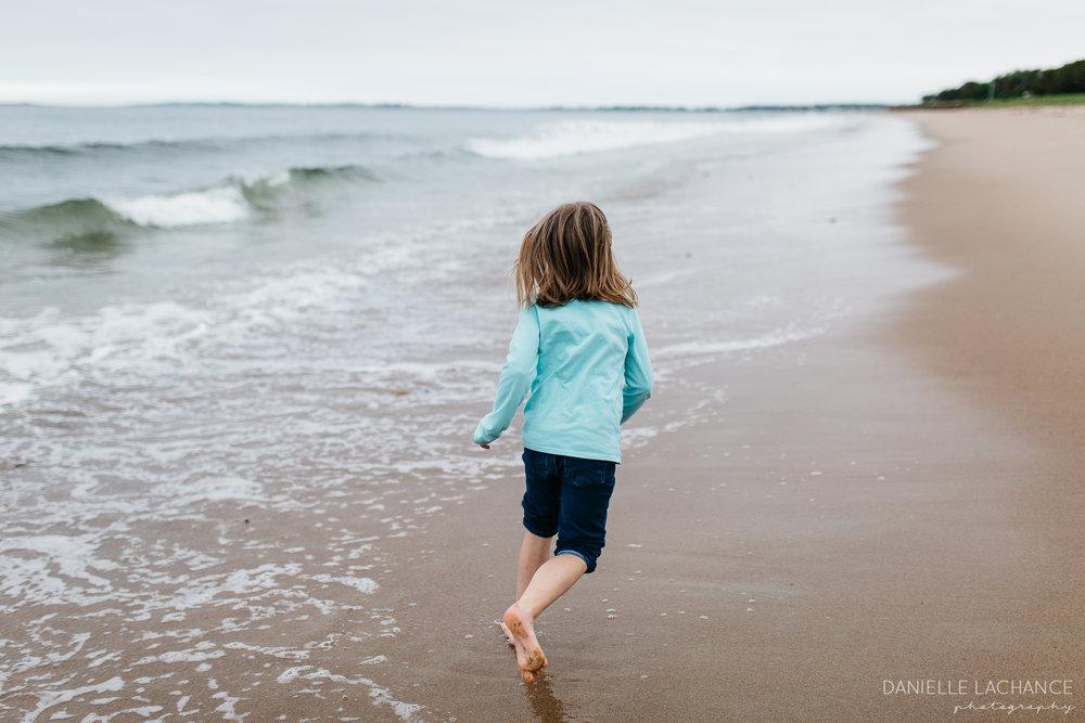 maine-family-lifestyle-photographer-southern-maine-biddeford-saco-beach-photography-15.jpg