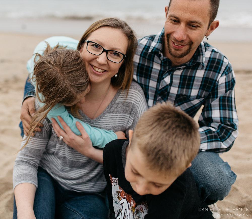 maine-family-photographer-saco-biddeford-beach-session-photography-11.jpg