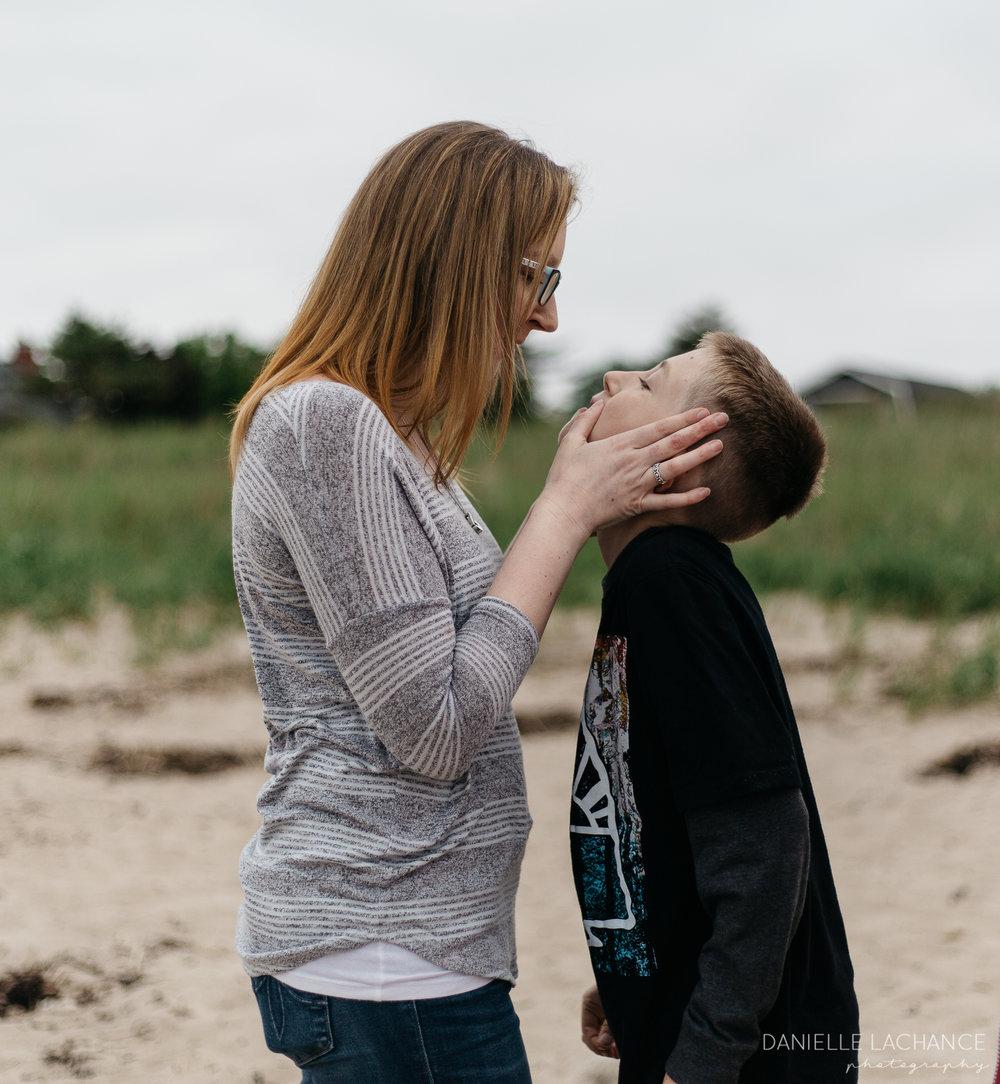 maine-family-photographer-saco-biddeford-beach-session-photography-16.jpg