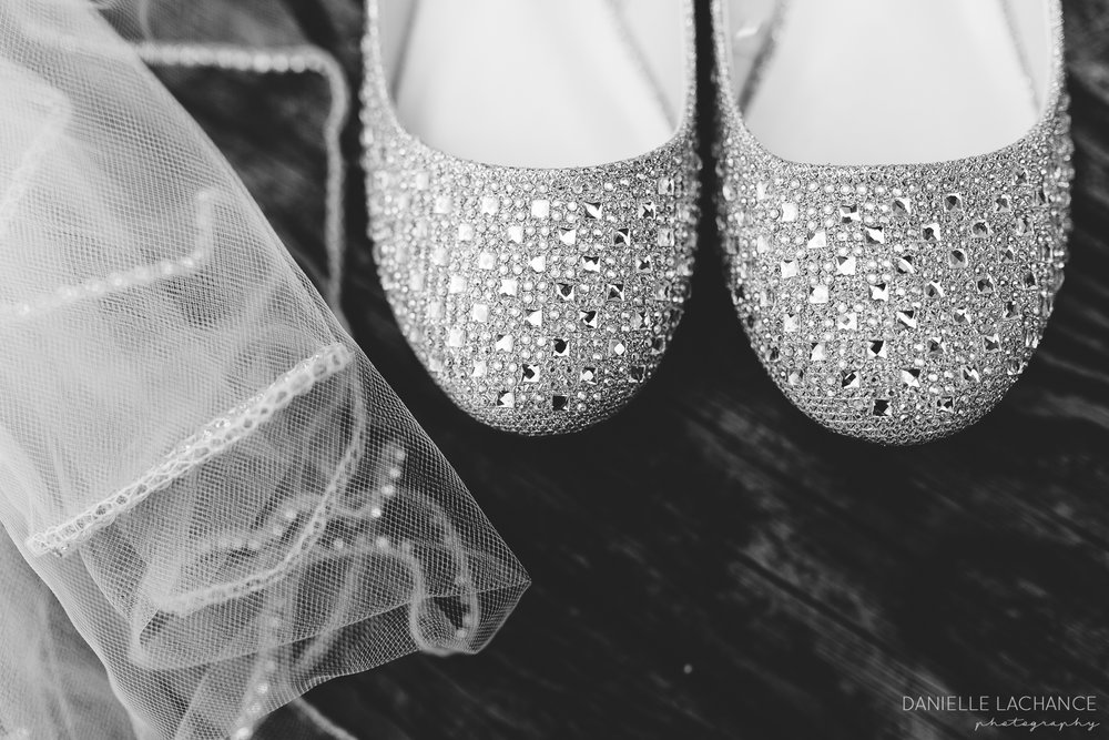 southern-maine-rustic-wedding-photographer-details-black-and-white-shot-shoes-veil.jpg