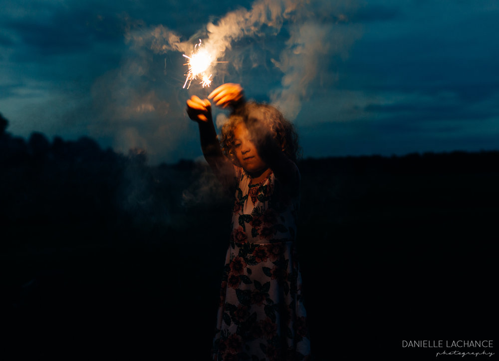 maine-4th-of-july-family-photographer-sparklers.jpg