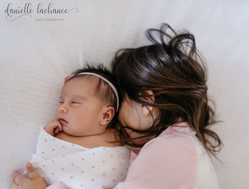 maine-siblings-portland-photographer-brigton-lifestyle-newborn.jpg