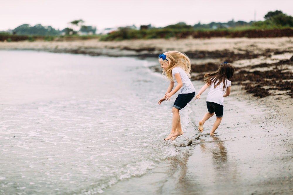 southern-maine-family-photography-lifestyle-candid-ocean.jpg