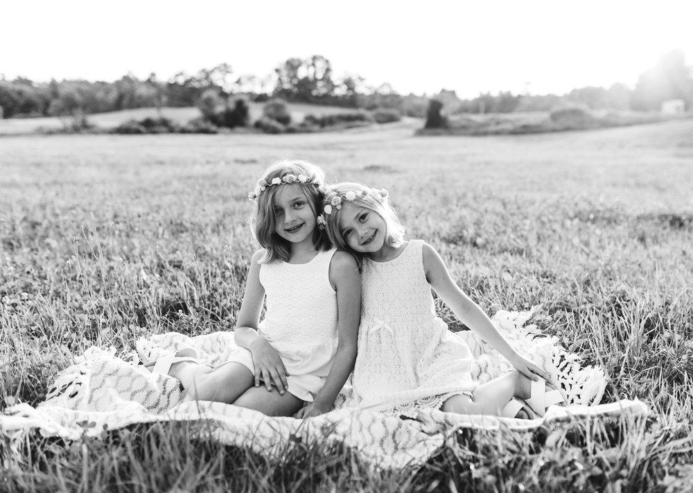 biddeford-maine-siblings-sister-photography.jpg