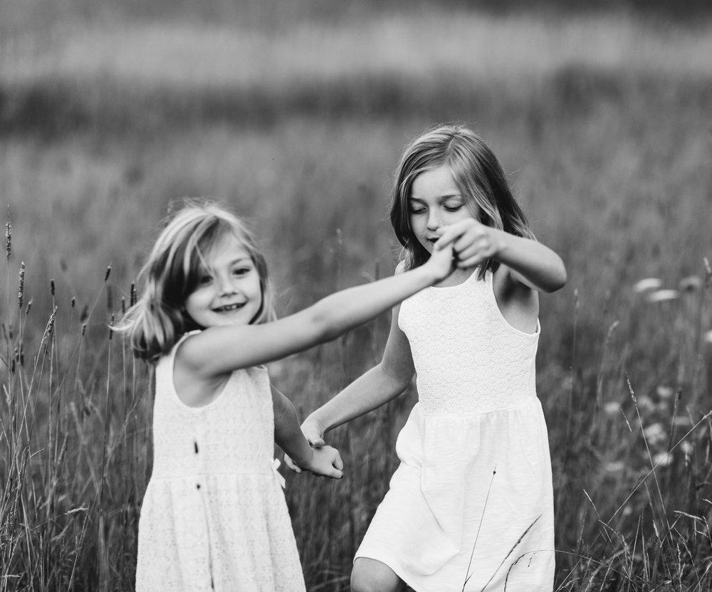 maine-sibling-natural-photography.jpg