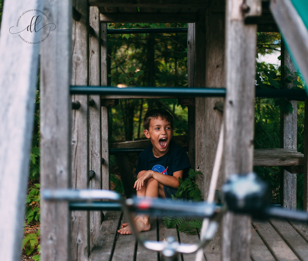 southern-maine-childhood-documentary-story-telling-candid-natural-family-photographer-session-summer-playground-saco-biddeford.jpg