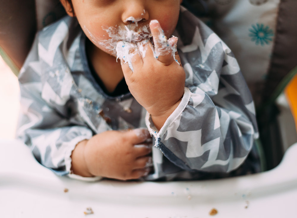 maine-baby-toddler-lifestyle-photographer-details-natural-candid-moments.jpg