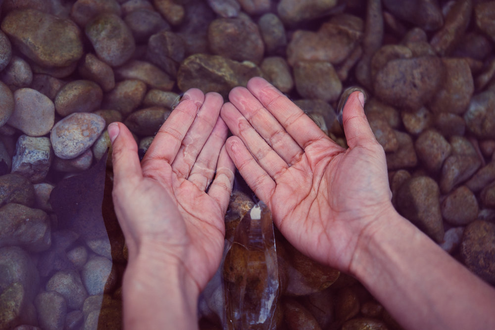 With these hands, I draw upon the healing energy of Spirit to move all discordant energy, to assist in the release, to bring in calm and peace, to rejuvenate and renew one's entire being. These are my manos de oro, hands of gold.