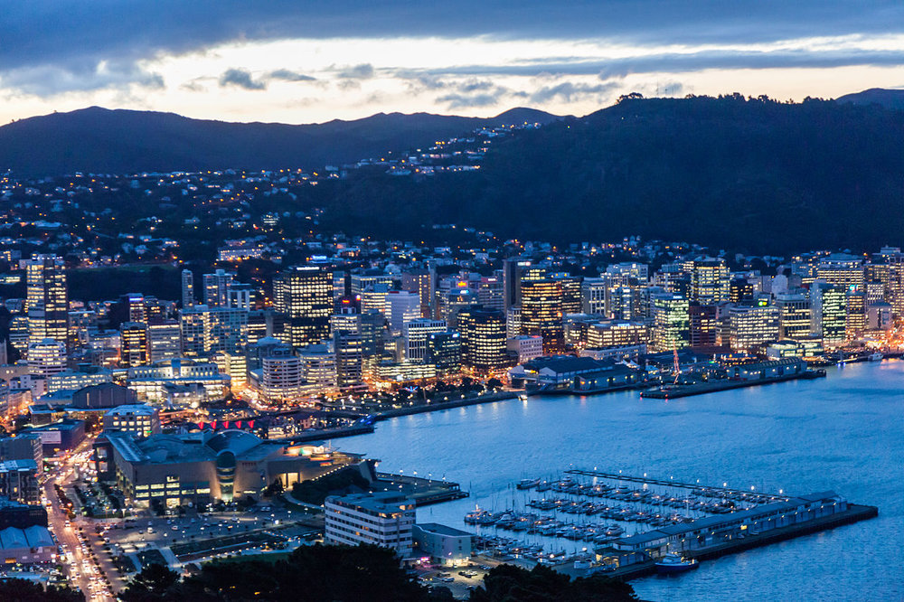 Wellington_City_at_dusk.jpg