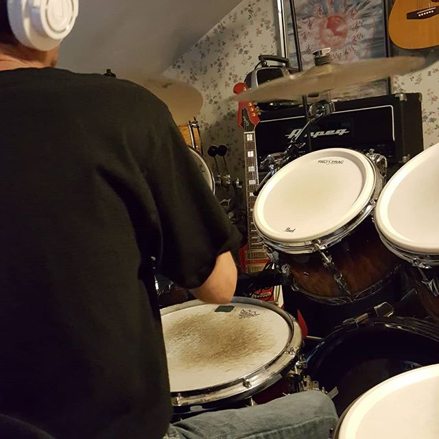 Recording my next album called The Grey Area. 4 songs redone with drums and a couple killer tunes to go.  #edhermann #theedhermannproject #newmusic #newalbum musicrwcording