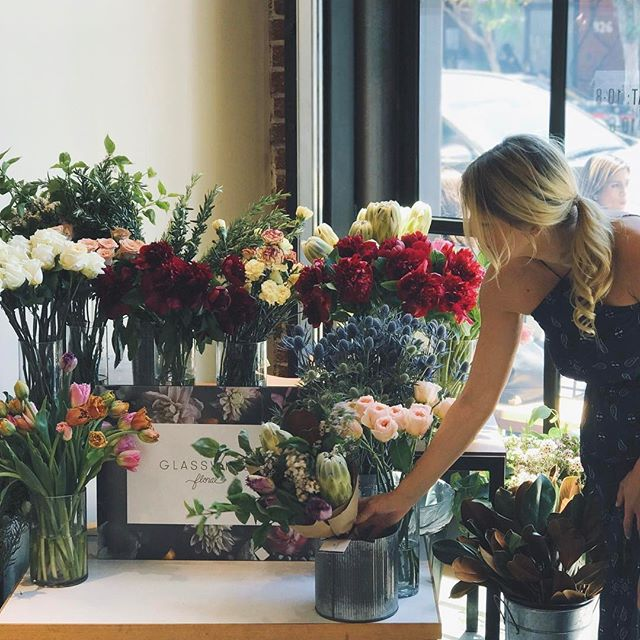 Thank you so, so much to everyone who stopped by today!! SOLD OUT @shinola AND @blacktopcoffee, but there'll be plenty more tomorrow! See you then! #thankyou #glasswinglovesyou #mothersday #popup #bouquets #shinola #blacktopcoffee #artsdistrict #dtla