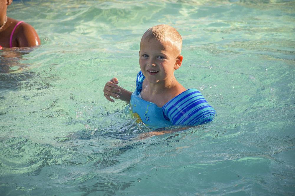 SOS-SMCC-Swim-Parties-2016-Web-3.JPG