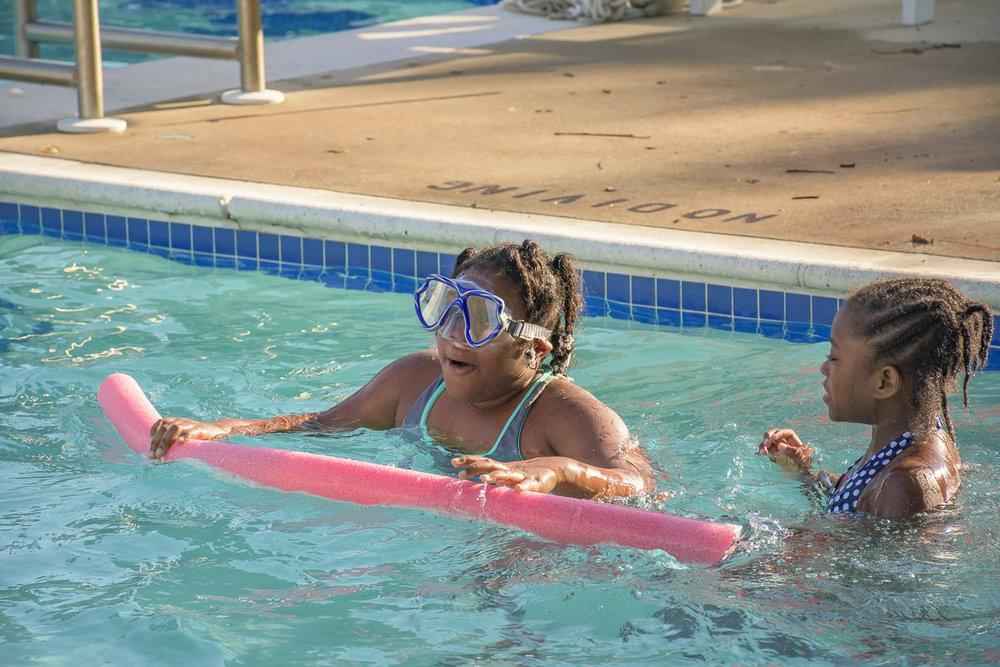 SOS-SMCC-Swim-Parties-2016-Web-4.JPG