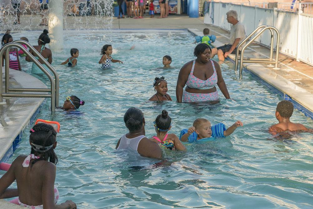 SOS-SMCC-Swim-Parties-2016-Web-21.JPG