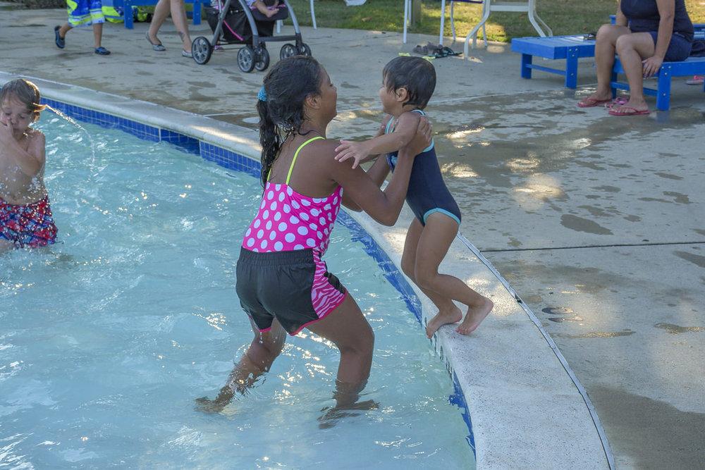 SOS-SMCC-Swim-Parties-2016-Web-36.JPG