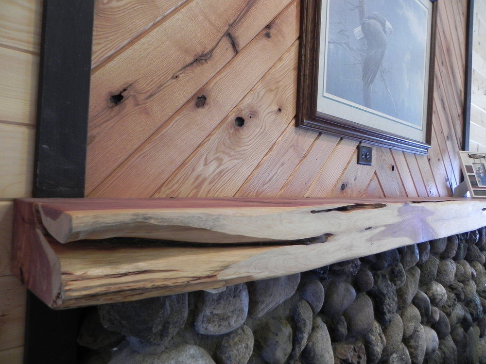 Cedar Mantle