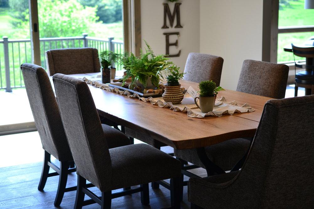 Live Edge Tables -
