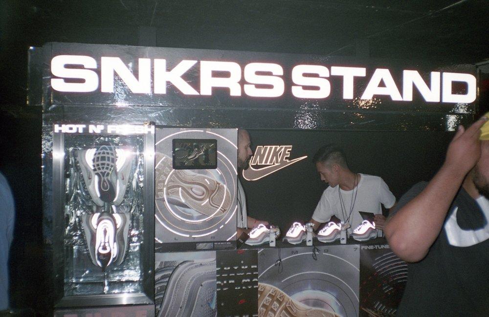 Nike X Boiler Room - @LorenzoMitil