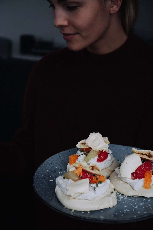 vegan_citrus_pavlova_with_coconut_cream_and_thyme_smaller-53.jpg