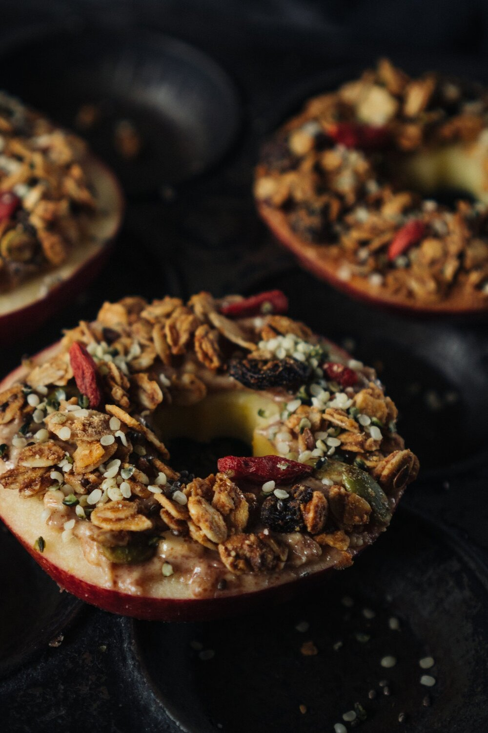 Apples_nut_butter_and_granola-1.jpg