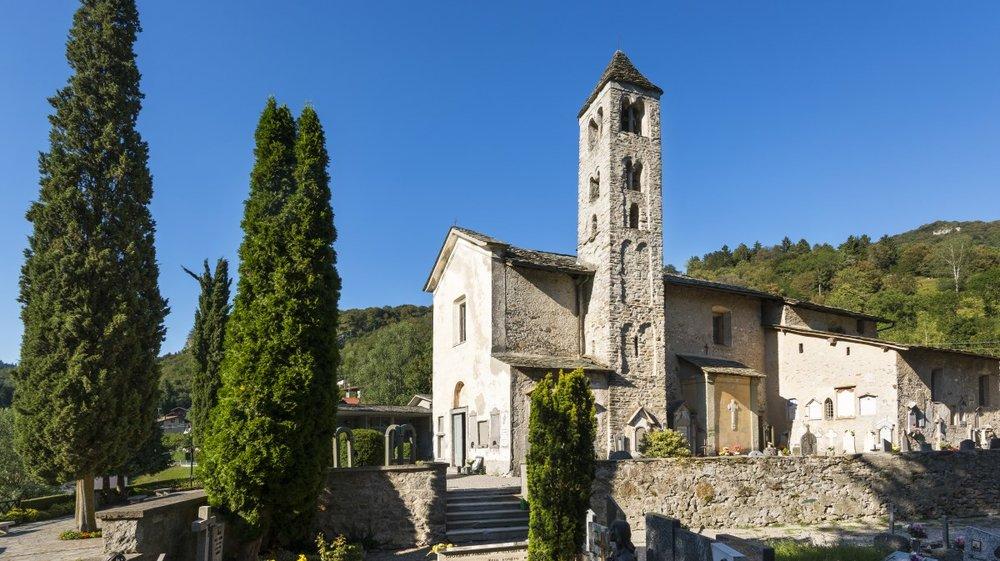 3704_chiesa-di-san-pietro-barni-(1)_TriangoloLarianoWeb.jpg
