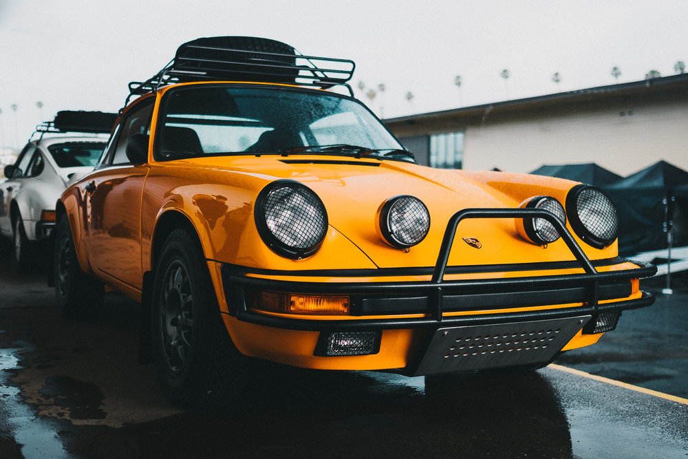Dueling Safari Porsche 911s    Read More