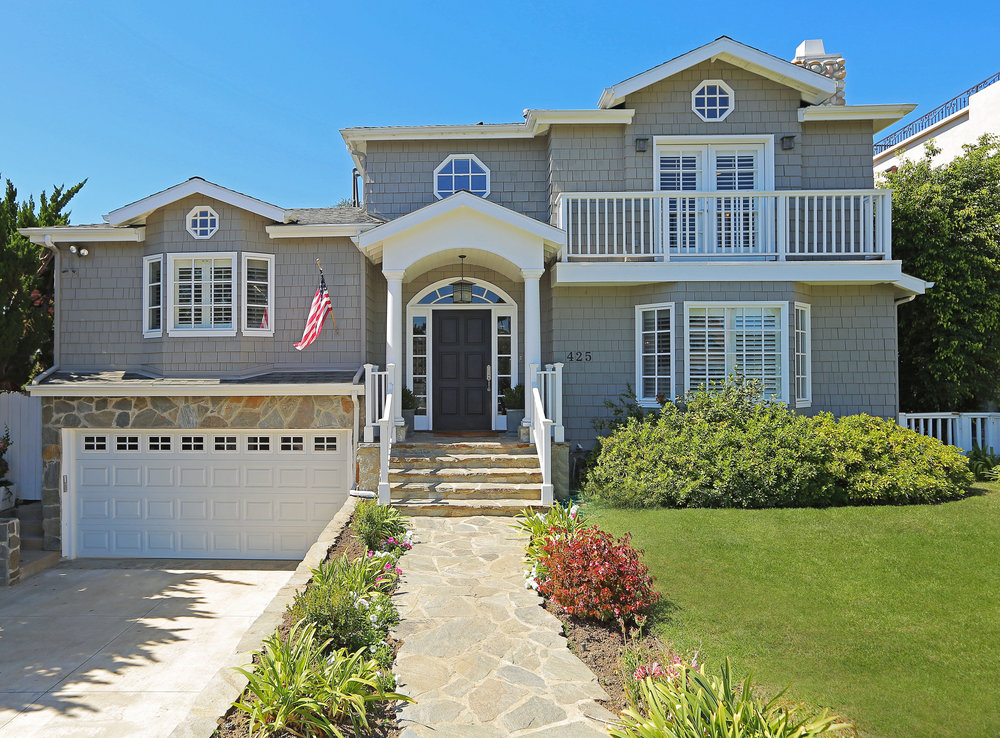 425 Via De La Paz | Pacific Palisades | Offered at $4,150,000