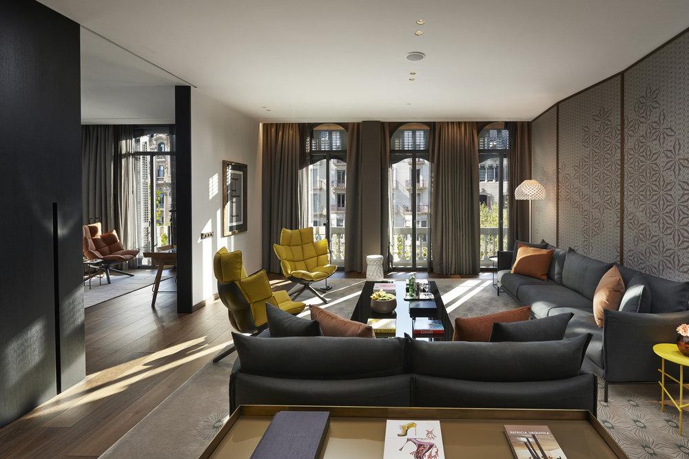 34.Mandarin Oriental, Barcelona - Premier Suite Living Room.JPG