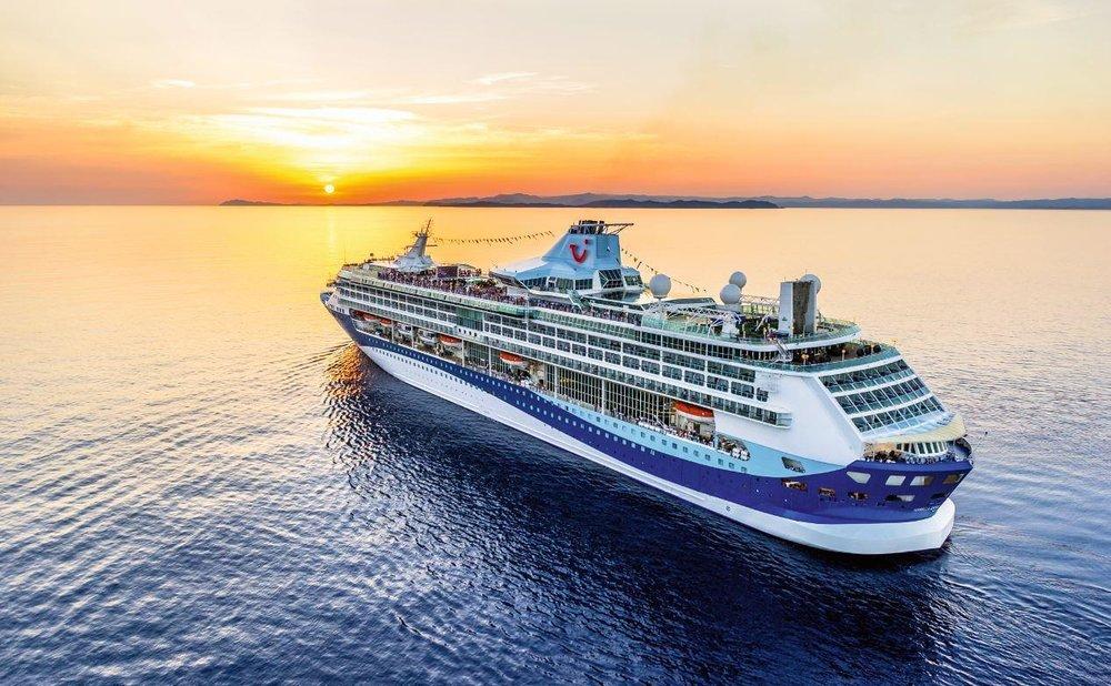 cruise-1.jpg