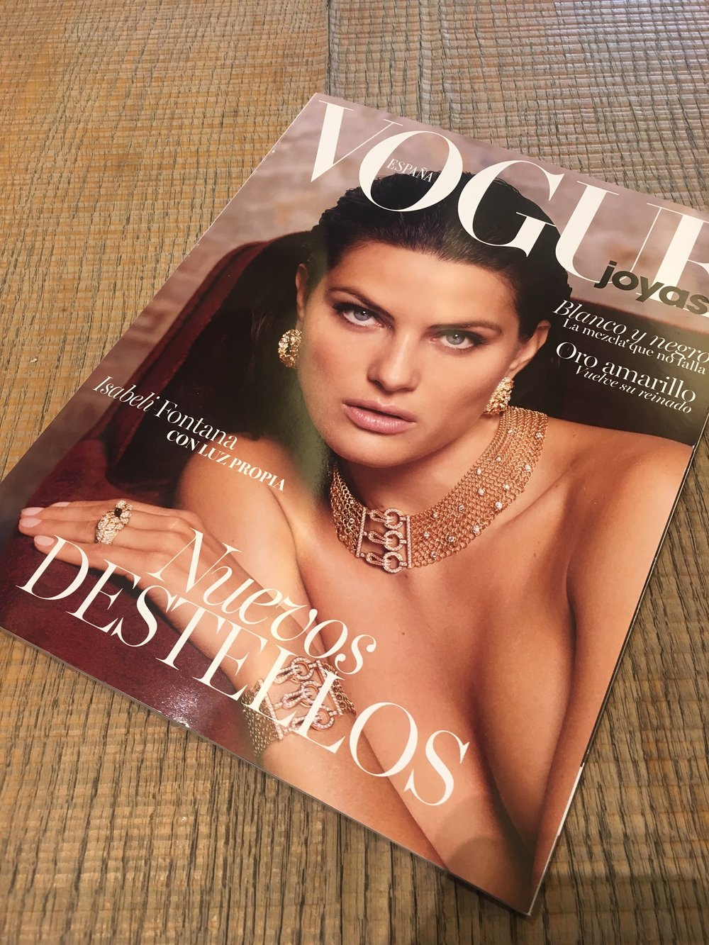 Vogue Joyas Andhora.com 1:5 2017.JPG