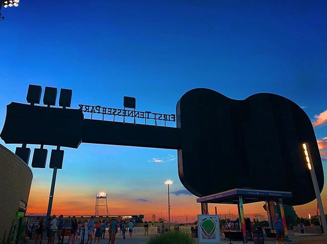 Summer nights and ballpark lights 💫⚾️ 📸: @cesar_virto via @nashvilletn • . . . . . . #music #firsttennesseepark #soundsstadium #baseballgame #baseball #nashville #nashvillesounds #musiccity #nashvillesoccer #guitar #nashvegas #visitnashville #nightphotography #streetphotography #instanashville #ballgame #summernights #soccer #playball #minorleaguebaseball #sports #baseballlife⚾️ #sunset skyline #nashvillesky #nashvilleskyline