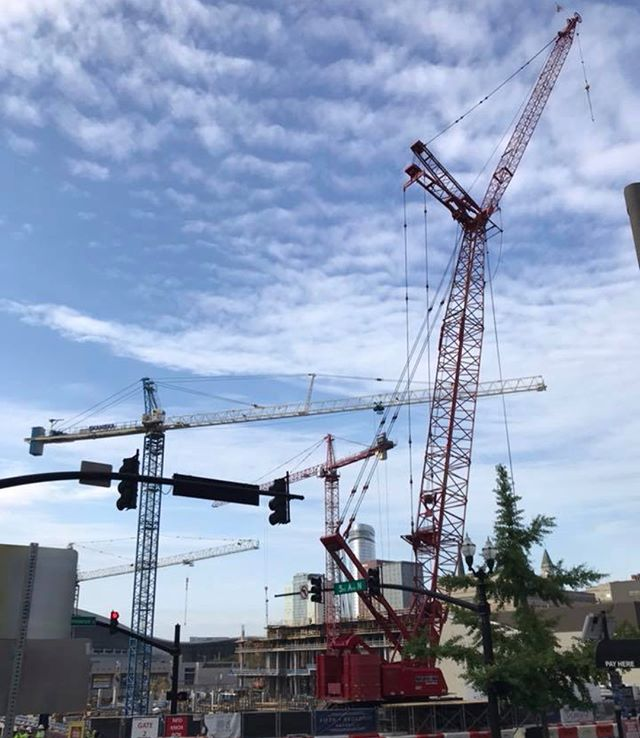 You may have noticed - we've installed a temporary fourth crane to continue to advance our exciting construction momentum. Eventually the office tower crane on site will be jumped higher and this one will be removed, but for now we have four cranes full speed ahead! #towercranes 🏗🏗🏗🏗 • . . . .  #nashville #tennessee #downtown #skyscraper  #highrise #fifthandb #downtownnashville  #skyline #nashvilletn #musiccity #tennessee  #fifthandbroadway #nashville_tn #nashvilleshopping #nashvilleshops #nashvillestyle #sunset #skyline #nashvillesunset #dusk #sunsetskyline #nashvillescene #batmanbuilding #downtown #visitnashville #nashvilletennessee #broadway