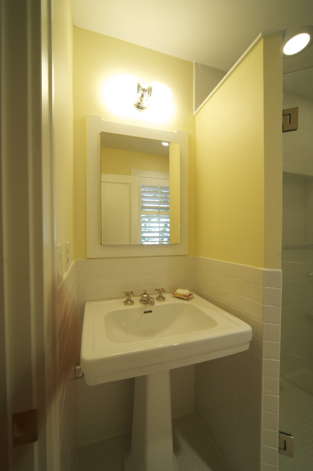 Bungalow_Park_Hill_Bathroom_086.jpg