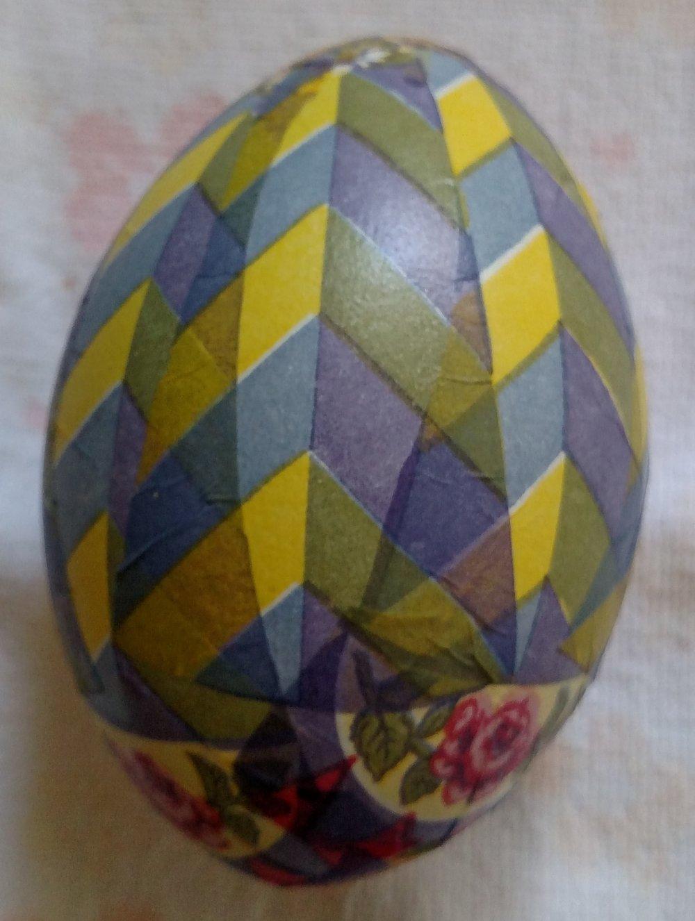 Decoupage Easter Egg Roses and Zig Zag.jpg