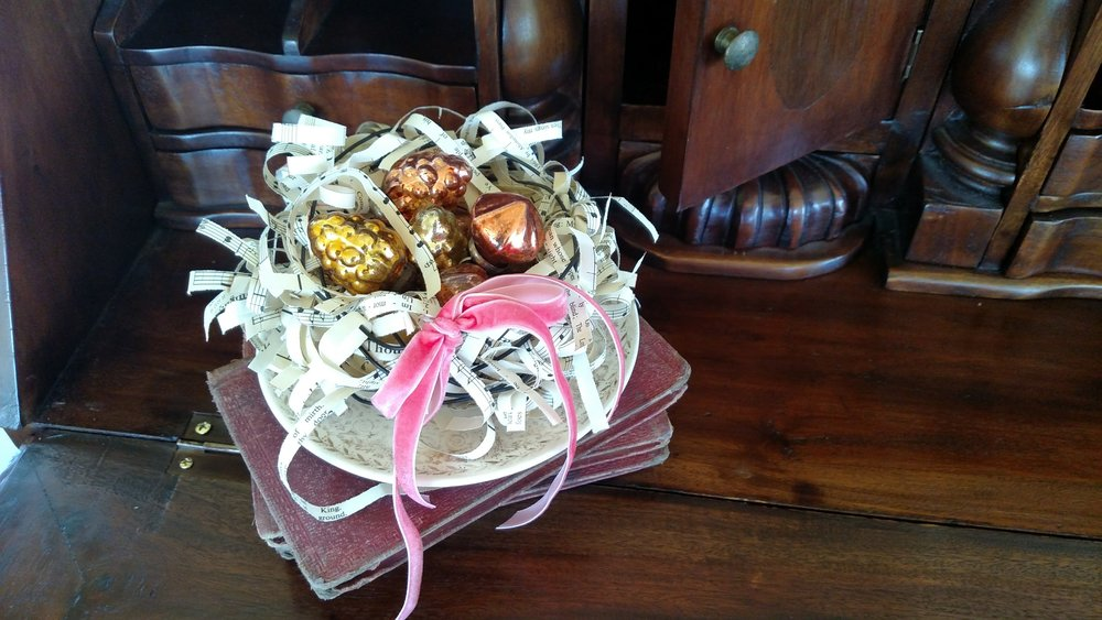 Paper Nest with Bobbles #4.jpg