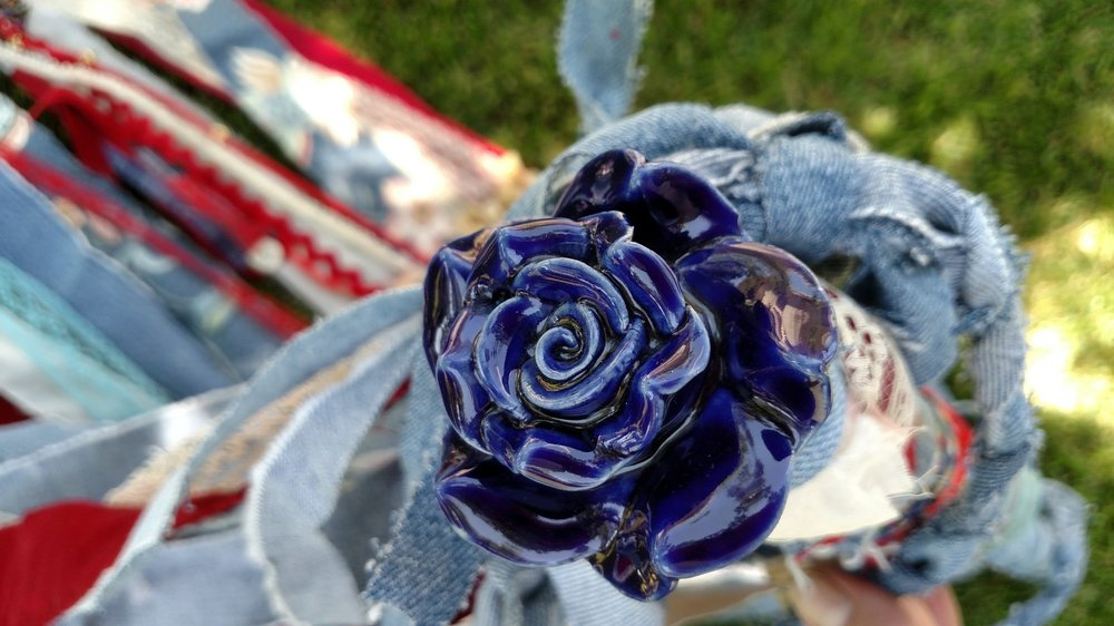 BLUE FLOWER KNOB.jpg