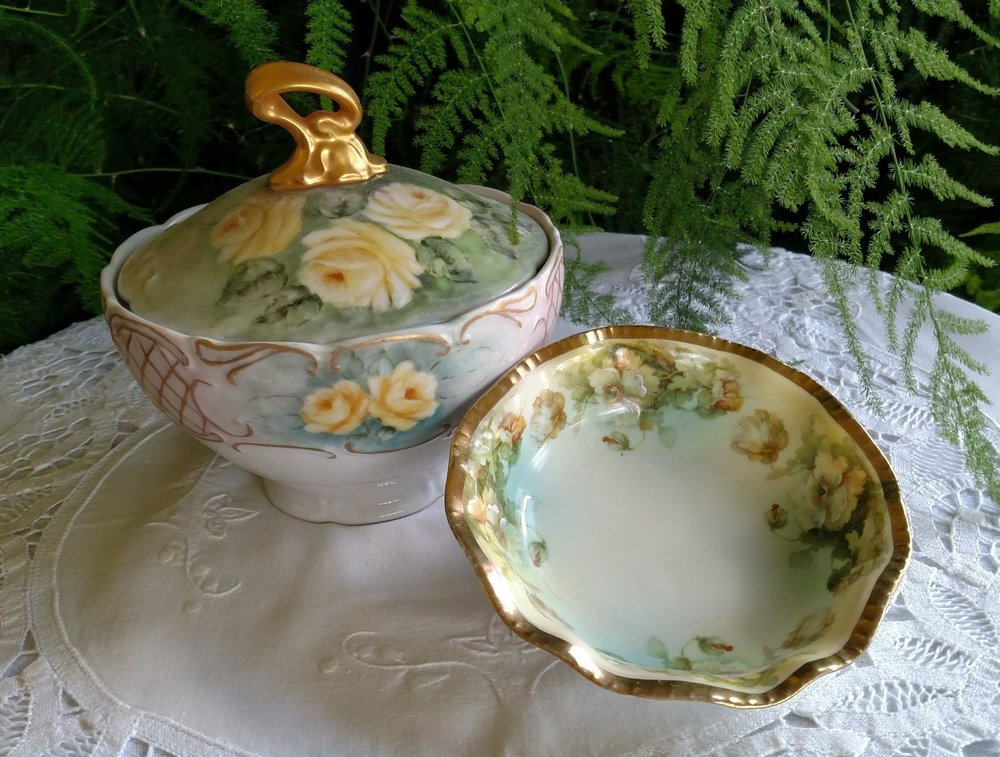 ROSE WITH LID AND SAUCER.jpg