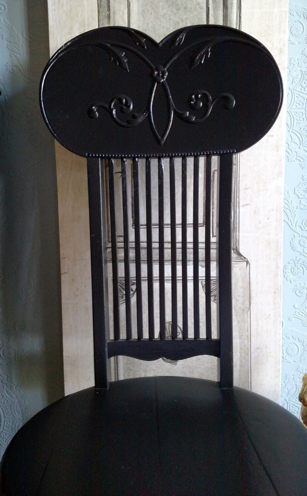 PIANO CHAIR WITH SPINDAL BACK.jpg