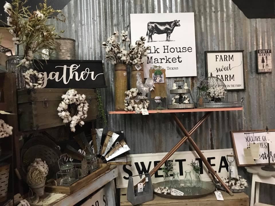 FARMHOUSE DECOR #3.jpg