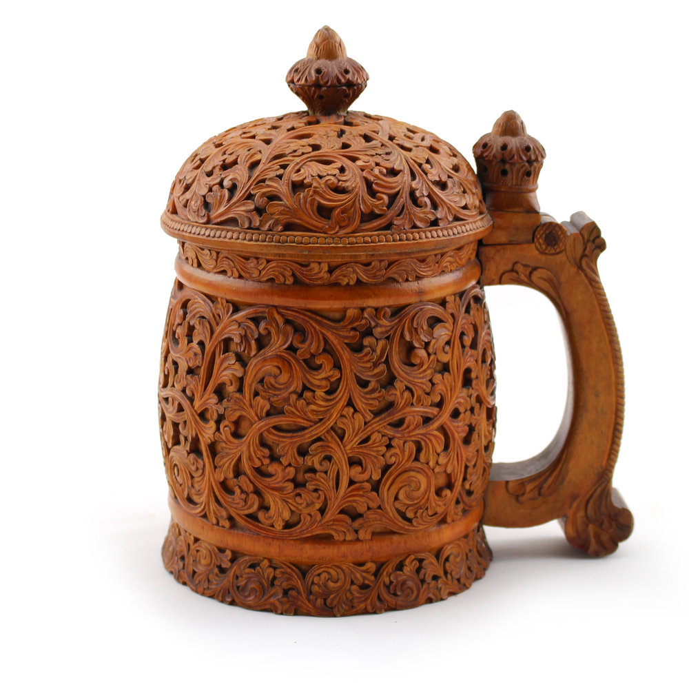 Norwegian carved and lidded wooden tankard