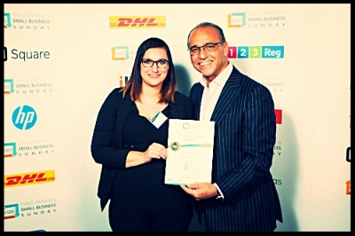 Where Bluebirds Fly won a small business Sunday award from entrepreneur Theo Paphitis (from dragons den fame)  We met Theo when we were invited along to his annual business event in Birmingham-  The above photo is Laura (Owner of Where Bluebirds Fly) meeting Theo and collecting the winning certificate!