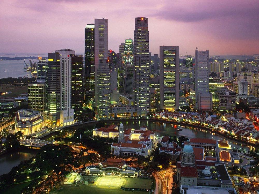 Singapore_at_Night.jpg