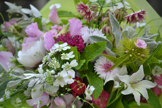 bouquet pink for a girl.jpg