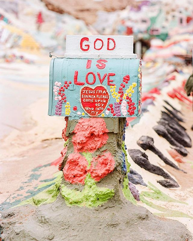 a man dedicated 28 years to build the salvation mountain